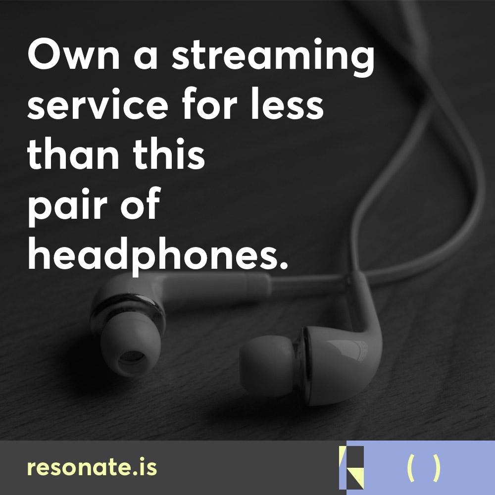 resonate-social-ownastremingaervice009-headphones
